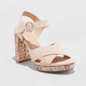 NWOT a new day Fiona Nude Glitter Block Heels